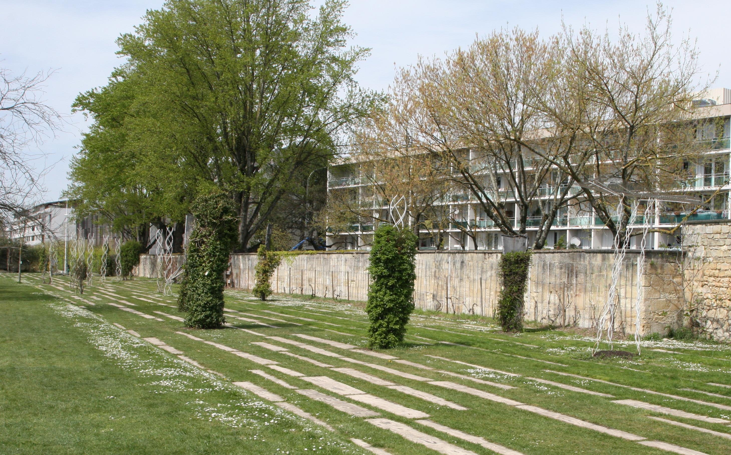 Le jardin vertical jardin botanique de bordeaux for Appartement bordeaux jardin botanique